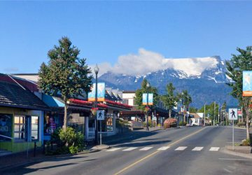Downtown Courtenay, shop and dine
